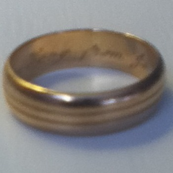 14K Gold Engraved Wedding Band