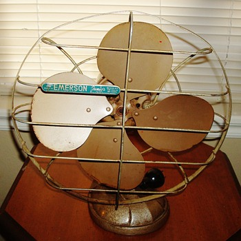 "1952 Emerson ""Junior"" Fan"