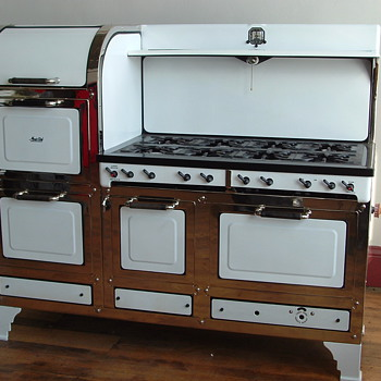 1934 Magic Chef 6300 Gas Estate Cooking Stove (Left Stack) - Kitchen