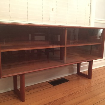 Danish display cabinet - Furniture