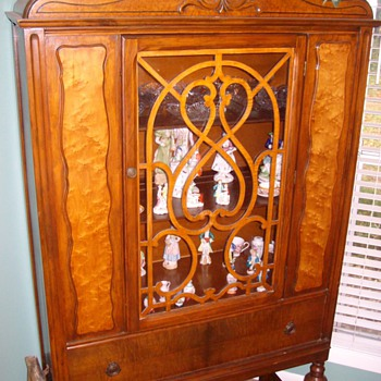 Maple China Cabinet With Burl Inlay Along With Other Pieces Of The Dining Room Set Circa 1910-1920 - Furniture