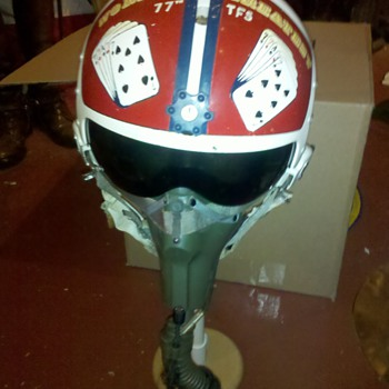 Viet Nam era U.S. Air Force 77th Tactical Fighter Squadron flight helmet & Oxygen mask - Military and Wartime