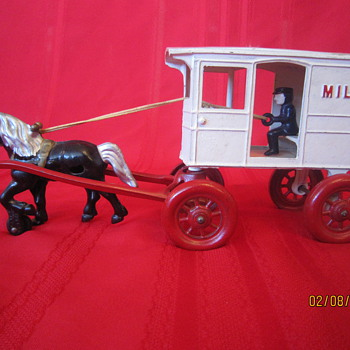 1941 Kenton Cast Iron Antique Horse Drawn Toy Carriage Steel Metal Milk Truck - Model Cars
