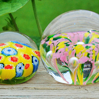 A couple of paperweights to share with every one..... - Art Glass