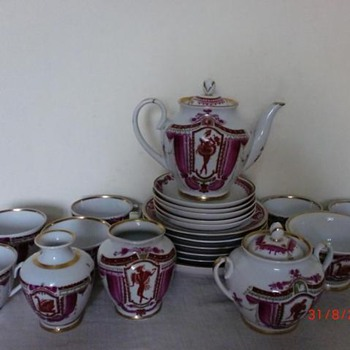 A rare Russian porcelain tea set - China and Dinnerware