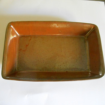 Ceramic Swedish serving dish?