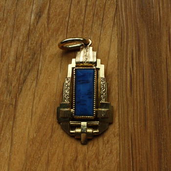 Art deco pendant with blue stone  - Costume Jewelry