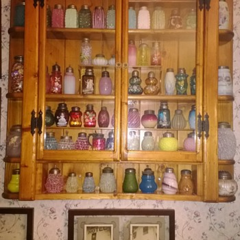 Displaying Your Collection - Art Glass