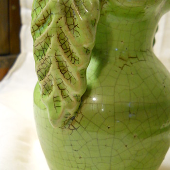 GREEN CERAMIC VASE - Art Pottery