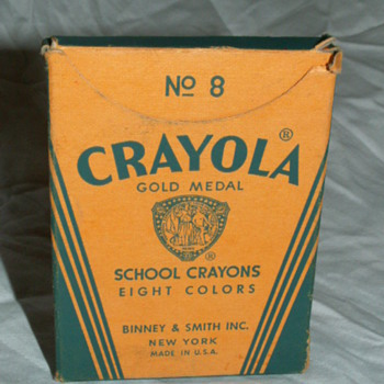 Antique No 8 Crayola Box & Crayons ~ Binney & Smith Co. New York