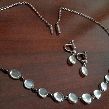 Antique Victorian moonstone necklace & earrings in sterling silver