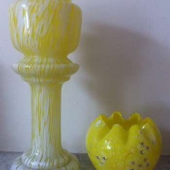 Enamelled yellow spatter rosebowl - Welz/Moser/Harrach &c - Art Glass