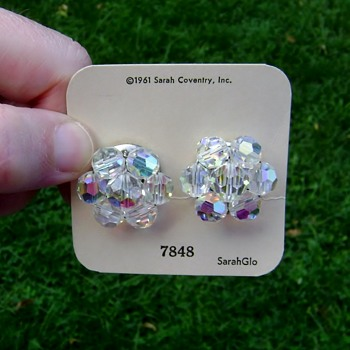 Vintage Sarah Coventry Earrings - Costume Jewelry