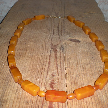 Art Deco Bakelite necklace 1930s.