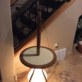 MCM?  Lamp table combo with lighted base