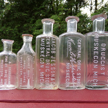 Some Druggist Bottles - Bottles