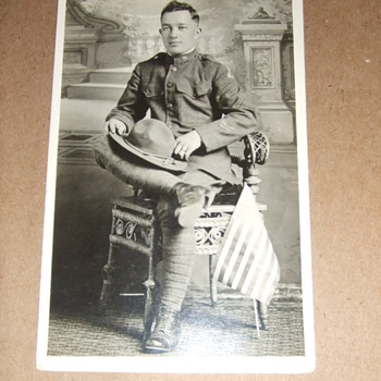 WWI &quot;patched&quot; soldier postcard - Military and Wartime