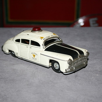 tippco military police tin car - Model Cars