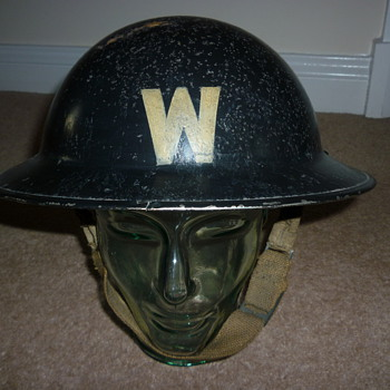 British WW11 Wardens helmet - Military and Wartime
