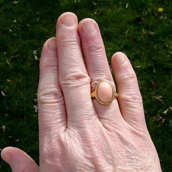 Trifari Ring