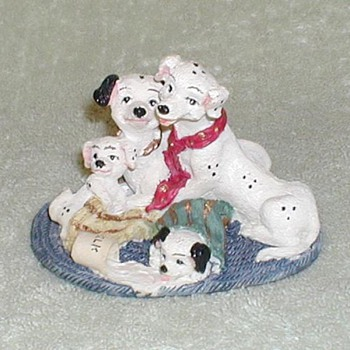 Dalmatian Family / Spilled Milk Figurine