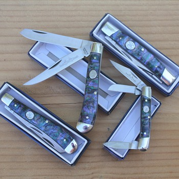 """RITE EDGE"" Brand TRAPPER & STOCKMAN POCKET KNIVES with FAUX ABALONE SCALES"