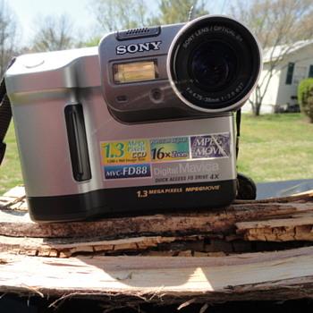 1.4 Floppy Disk Camera