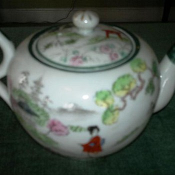 Chinese or japanese  decorated  teapot