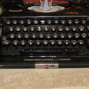German Triumph Werke Nurnberg typewriter with Rune key - Office