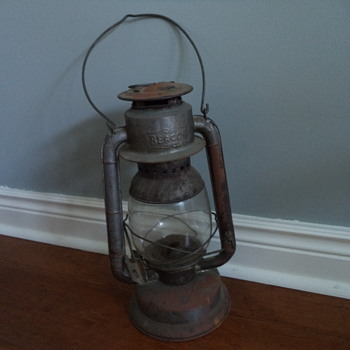 Beacon Wind Proof Oil Lamp