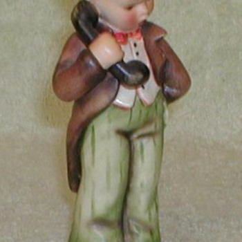 "Hummel Figurine ""Hello"" - Art Pottery"