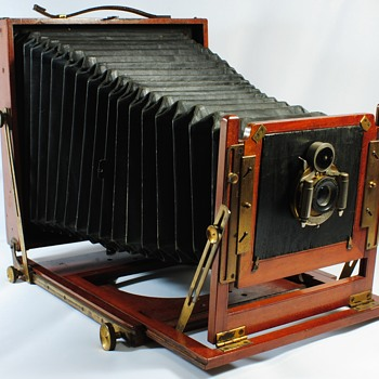 "Houghtons ""Duchess"" Half Plate Camera 1906-1920"