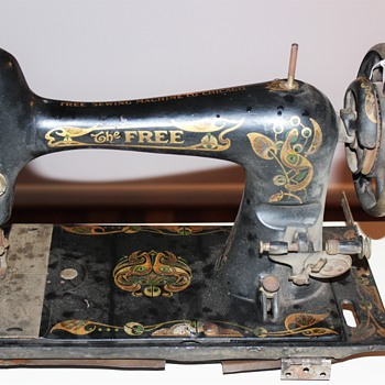 The Free sewing Machine Co. $11.66 pick - Sewing