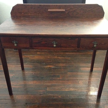 Antique writing desk. Value? - Furniture