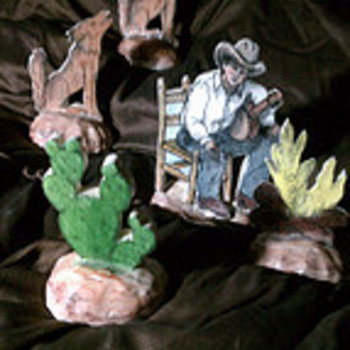 CERAMIC CHARACTERS CREATE  CAMPFIRE SCENE