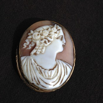 Cameo Roman-Greek Figure