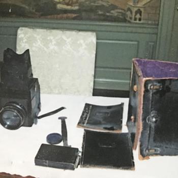 Antique Monto ? Camera circa 1915