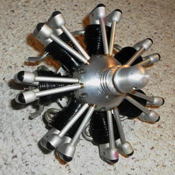 7 CYLINDER MODEL AIRPLANE ENGINE - Toys