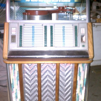 1953 Wurlitzer model 1650