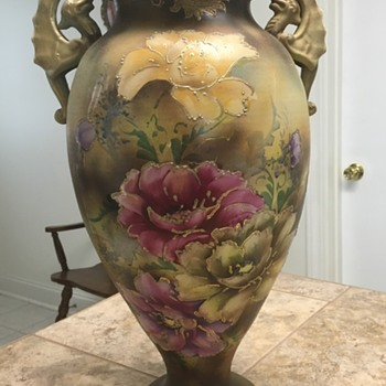 Please help identify my vase