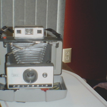 Polaroid Automatic 320 Land Camera - Cameras