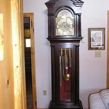 1906 Daniel Pratt's Son, Hall Clock