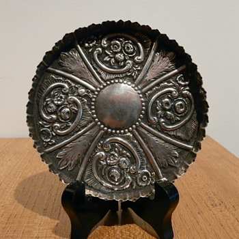 STERLING REPOUSSÉ TRAY 1887 LONDON