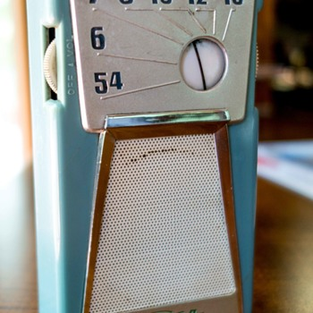 Transistor Radio Sharp TR-185