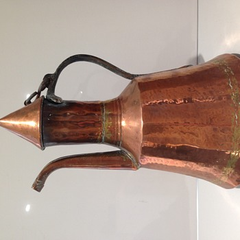 Lovely antique copper coffee pot? Arts & crafts? - Arts and Crafts