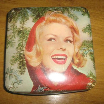 Vintage Tin oh so Kitsch