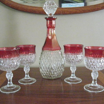 Wine decanter and glasses - Glassware
