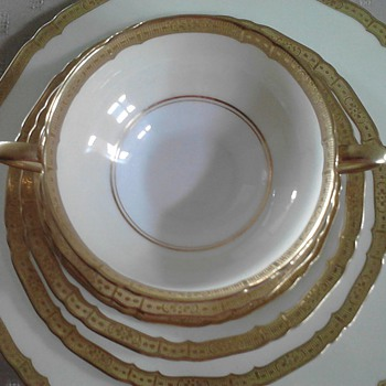 "Royal Worchester  ""Royal Edward"" 1886 - China and Dinnerware"