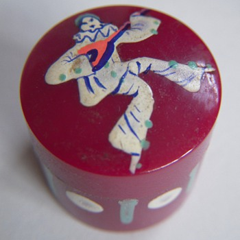 Vintage and Very Cool Little Make-Up Container~Red w/Commedia Dell'Arte Figure