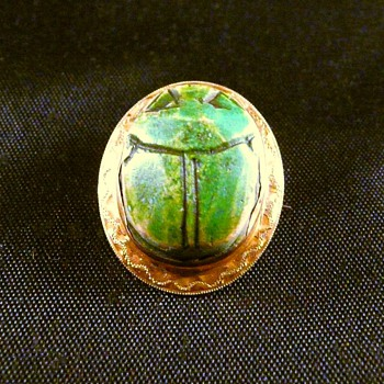 10k Beetle Scarab Brooch Pin